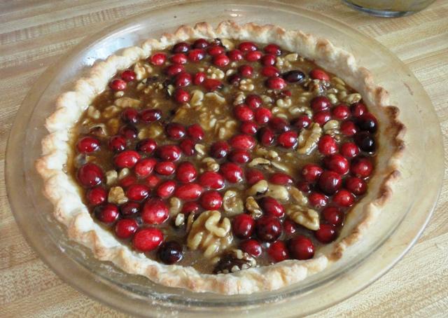 cranberry walnut pie 3