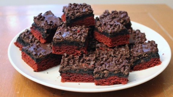 Red Velvet Oreo Truffle Brownies 4
