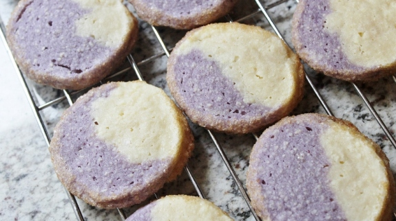blueberry-almond cookies banner
