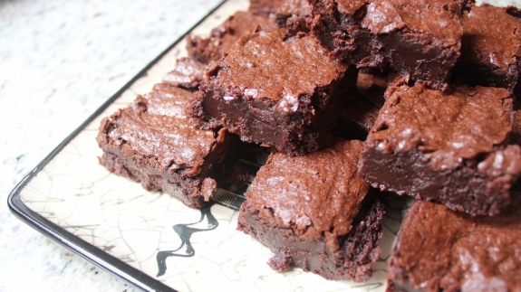 gluten free brownies 2 (800x450)
