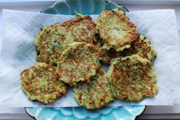 Zucchini Scallion pancakes (800x533)