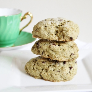 peppermint matcha chocolate chip scones 9